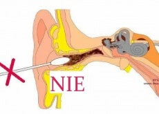 Nieprawidłowe usuwanie woskowiny z uszu