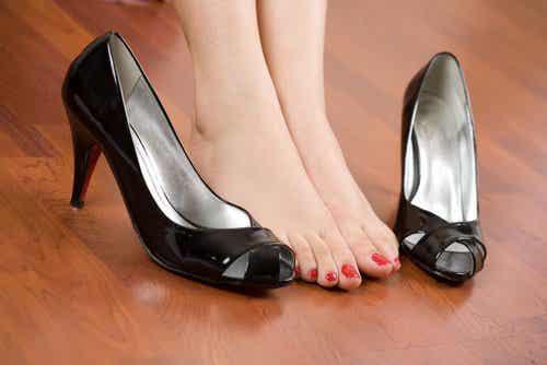 Bolące stopy? Garść porad jak im ulżyć