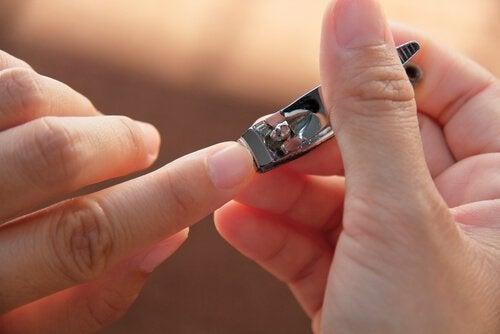 Podcinanie paznokci