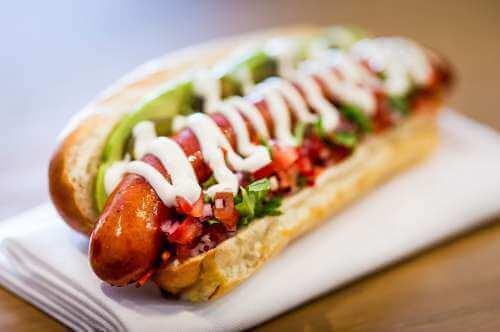 Hot dog z warzywami