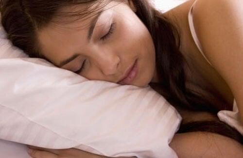 Kolacja a zdrowy sen