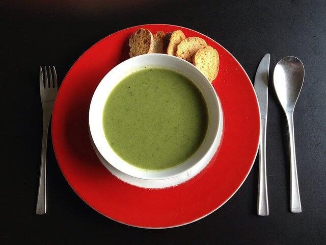 Zupa-krem z sałaty