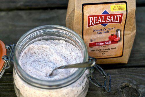 gładka skóra dzięki soli morskiej