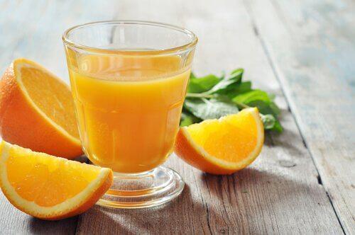 Sok pomarańczowy a anemia