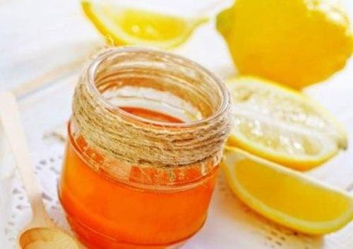Połączenie miodu i cytryny