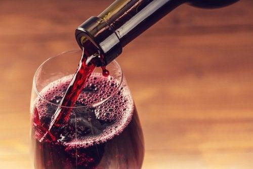 Czerwone wino pomocne w zwalczaniu raka