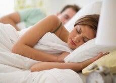 Kolacja a jakość snu