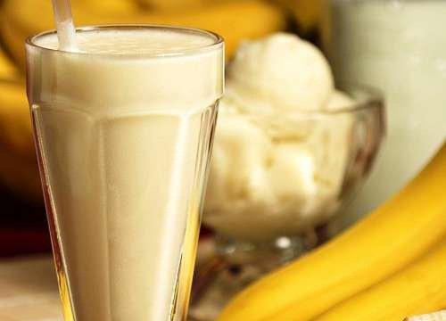 Koktajl owsiano-bananowy