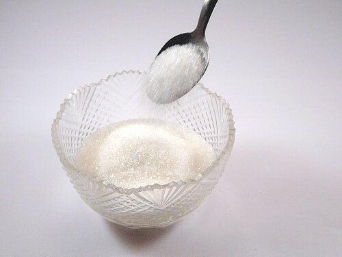 Cukier należy do produktów spożywczych wywołujących raka