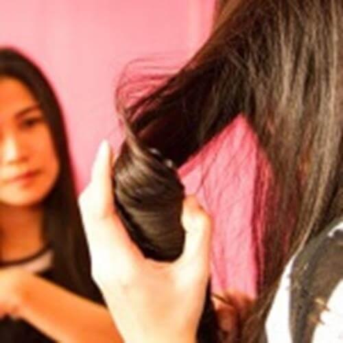 Proste fryzury, które zrobisz w domu
