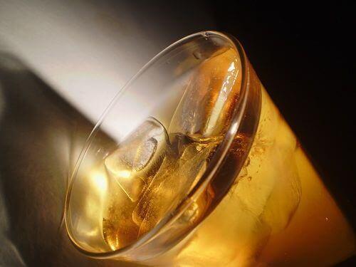 napoj-w-szklance