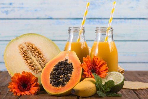 Soki z melona i papai