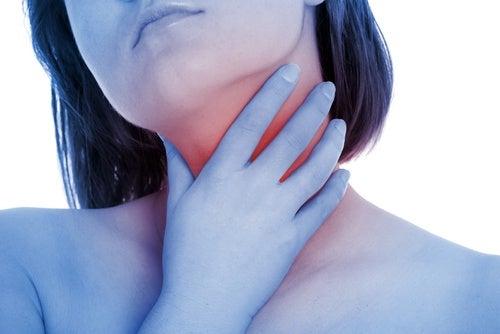 Ocet jabłkowy łagodzi bóle gardła