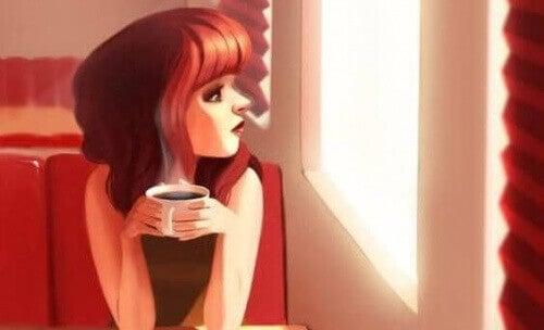 Kobieta w kawiarni