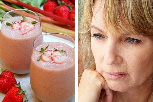 Koktajl łagodzący objawy menopauzy – przepis
