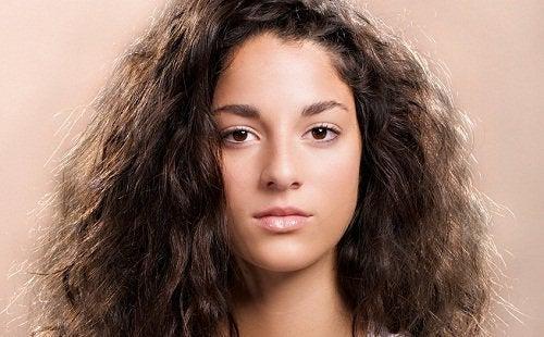 Kręcone-włosy