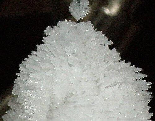 Kryształki magnezu