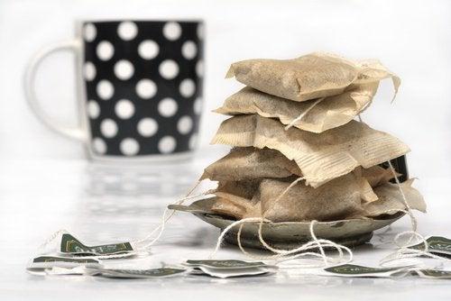 Naturalne środki czyszczące - saszetki z herbatą