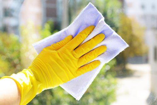 Soda oczyszczona, a sprzątanie domu