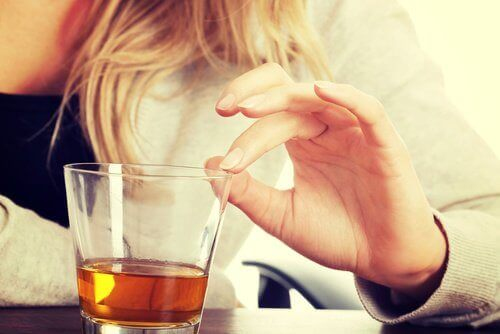 unikanie alkoholu pomaga na chrapanie