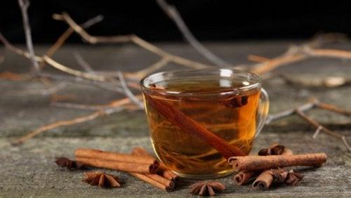 Ból żołądka - zwalcz go miętę, anyżem i cynamonem