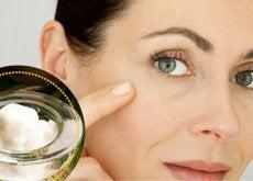 Olej kokosowy do oczyszczania twarzy
