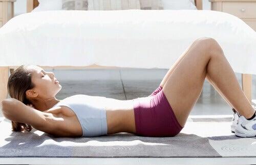 Rozgwiazda - ćwiczenia na mięśnie brzucha