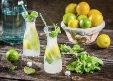 lemoniada i liście mięty