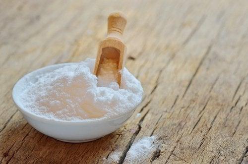 soda oczyszczona pomaga pozbyć się roztoczy