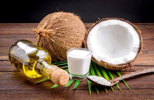 olej i mleczko kokosowe na prostowanie włosów