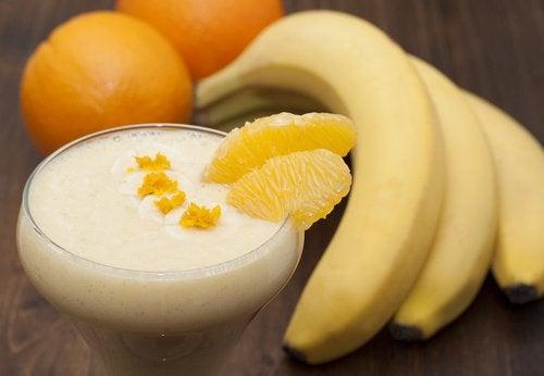 Sok bananowy, banany, pomarańcze