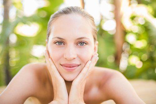 Zadbana kobieta skóra twarz