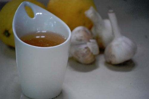 Herbata z czosnku