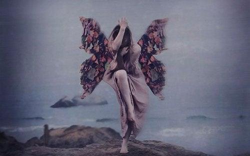 Kobieta motyl