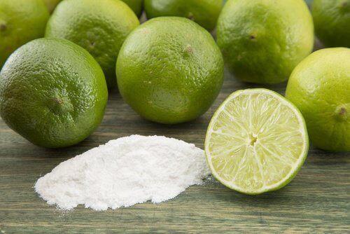 Limonka i soda oczyszczona