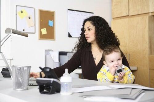 Mama w pracy