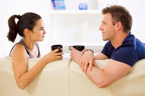 Rozmowa mężczyzny i kobiety