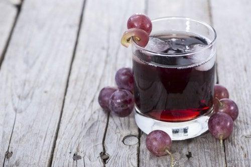 Sok winogronowy na wątrobę