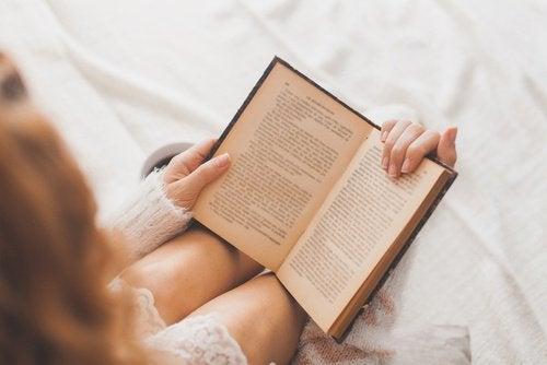 czytanie pomaga zachować sprawność umysłu