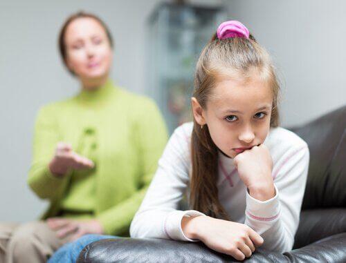 dziecko ignoruje matkę - dziecko nie chce słuchać