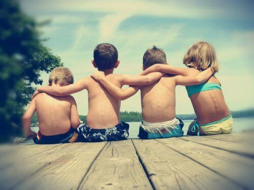 Dzieci i przyjaźń pomiędzy nimi