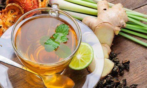 Przeciwzapalna herbata na dobry początek dnia