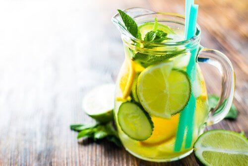 Metabolizm – przyspiesz go tym naturalnym napojem