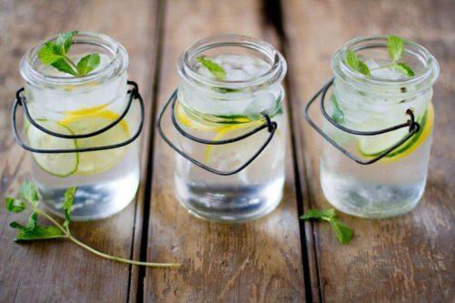 Napoje z cytryną