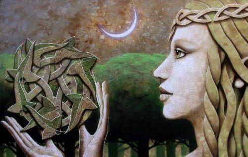 twarz kobiety w świetle księżyca