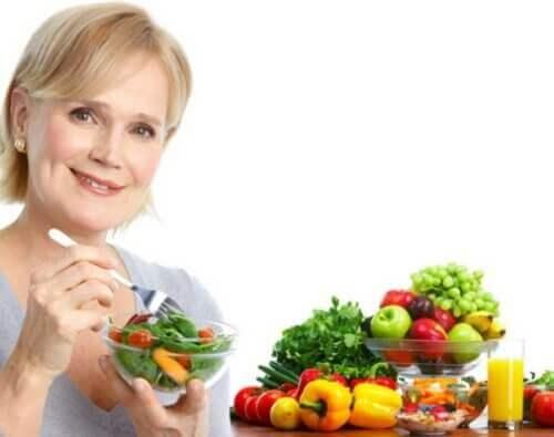 Kobieta po 50 i jej nawyki żywieniowe