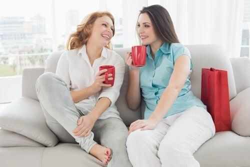 Kobiety pijące kawę
