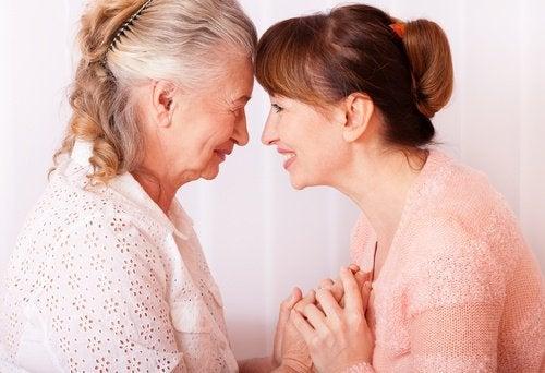 Babcia i wnuczka, czyli jak zmienia się ciało kobiety