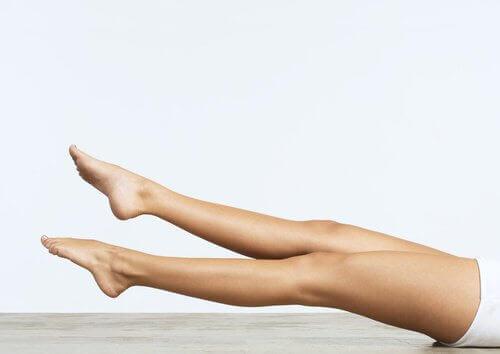 Podnoszenie nóg - nożyce
