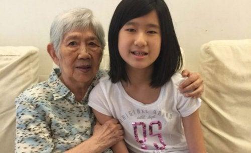 dziewczynka i babcia
